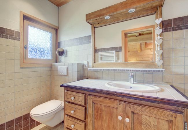 Chalet in Montriond - Chalet Les Loups